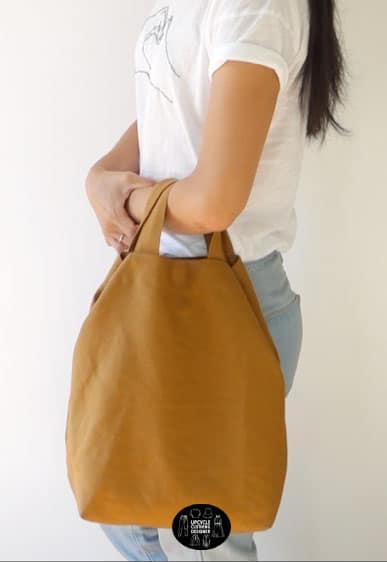 Sideview of the diy tote bag