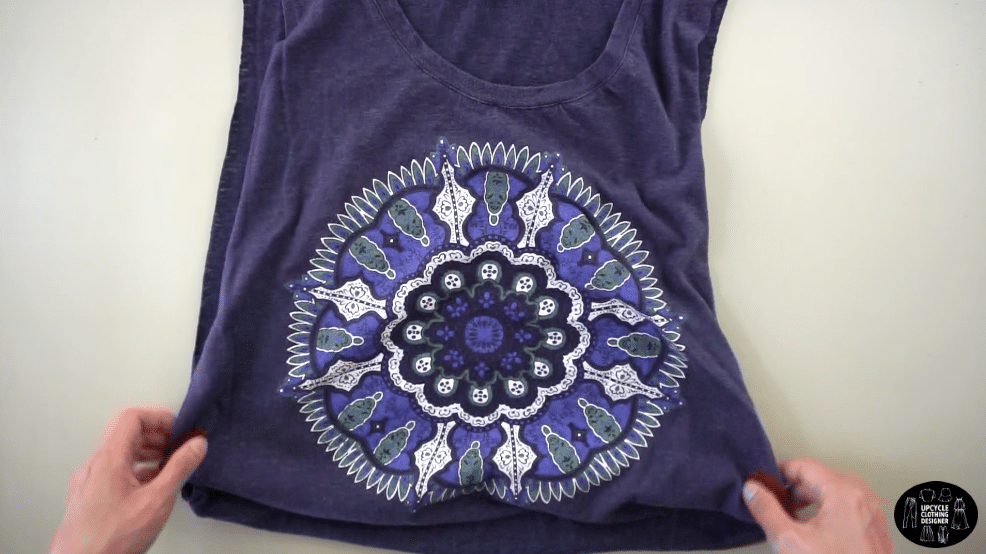 Muscle tank from t-shirt without sewing.