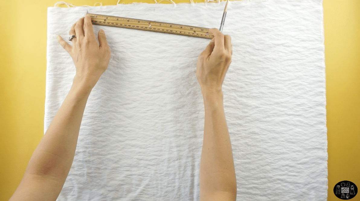 "To measure the sleeve length, drop the shoulder 1"", and measure 14"" away from the center."
