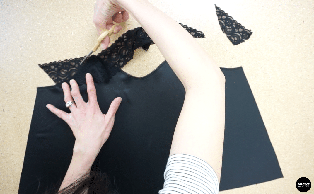 Trim the corners of the lace to create a M shape along the neckline