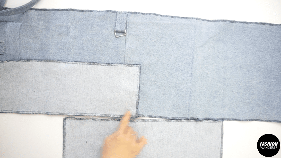 Lay the right sides of the side pieces to the back body of the bag.
