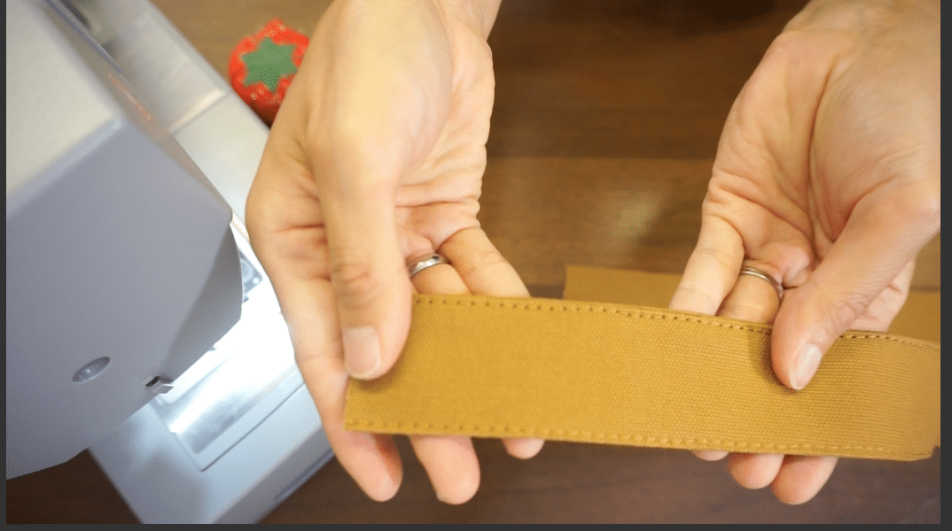 Edge topstitch the shoulder strap on both side