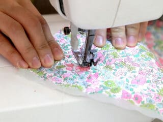 sewing straight on sewing machine
