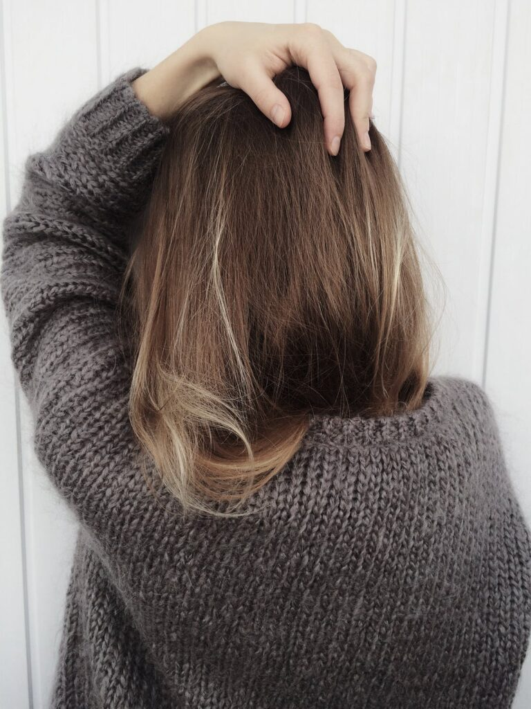 static hair from sweater