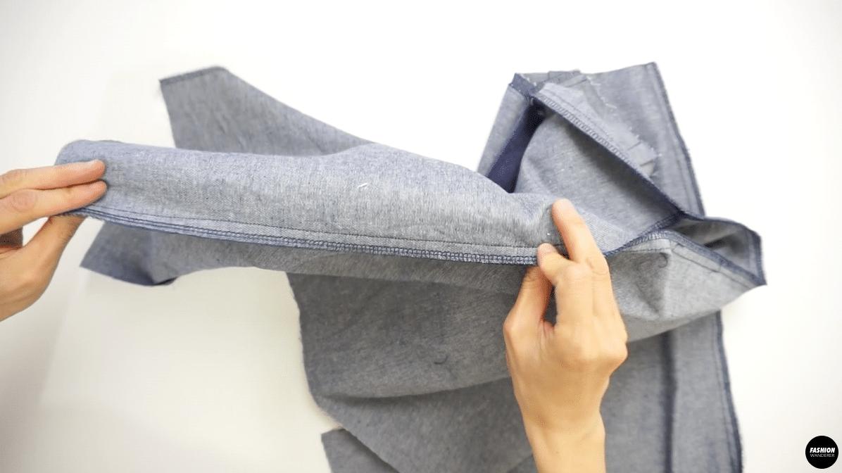 "Stitch side seams with ½"" seam allowance and zigzag stitch to finish."