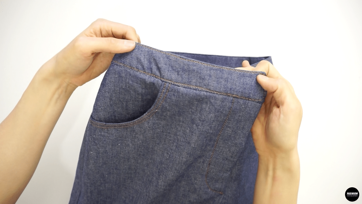 With contrast color thread, edge topstitch all around the waistband.