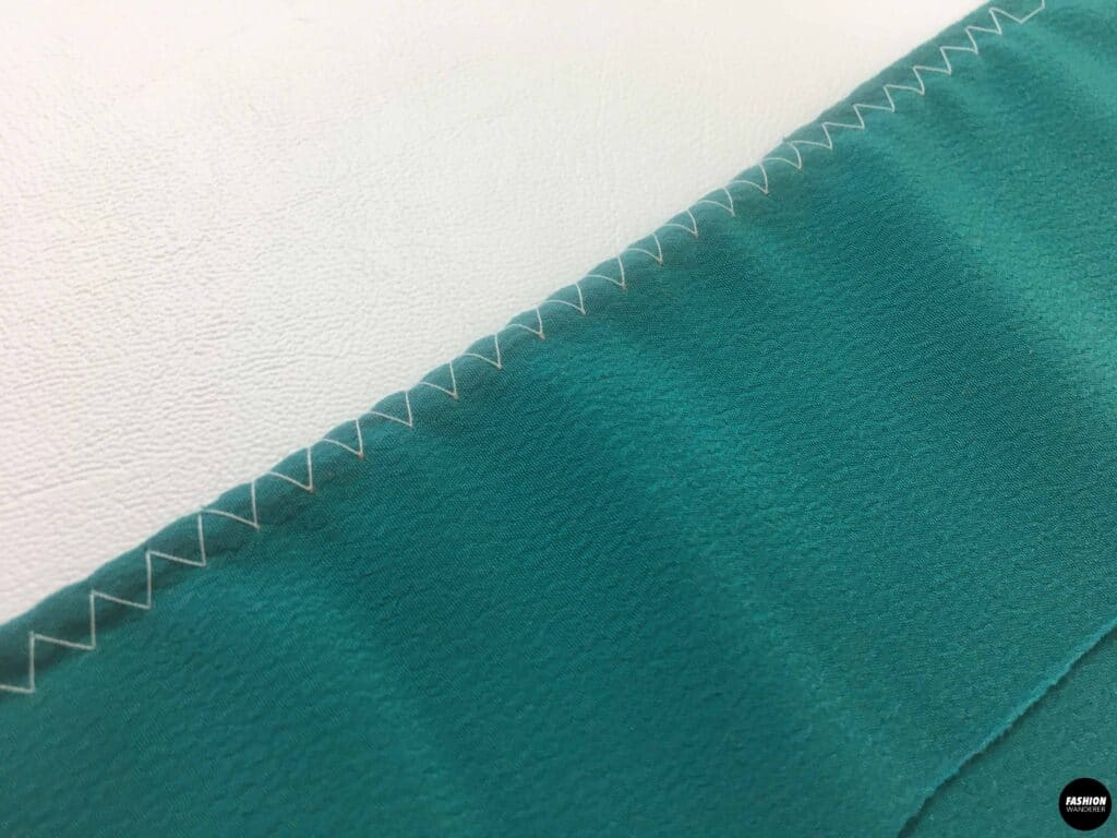 Right side of zigzag stitch